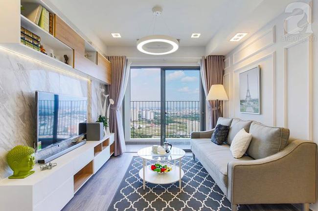 """Căn hộ 65m² """"khi kê đủ nội thất trông rộng hơn lúc nhận nhà"""" với chi phí 2,8 tỉ đồng ở khu Thảo Điền"""