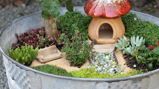 Khu vườn ở sân sau nhà sẽ trở thành chốn thần tiên nếu biết sử dụng những đồ trang trí như thế này