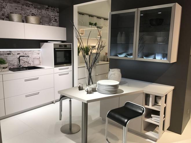 5 kiểu tủ bếp thủy tinh sẽ khiến nhà bếp trở nên đẹp lung linh hơn bao giờ hết